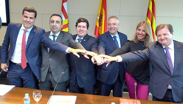 Gustavo González de Vega, el primero por la izquierda. DA