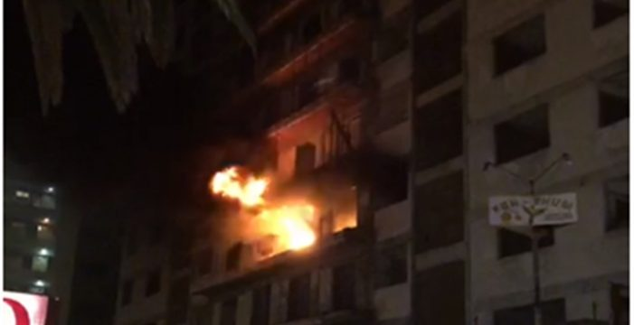 En estado muy grave el varón que se quemó en el incendio del edificio Iders