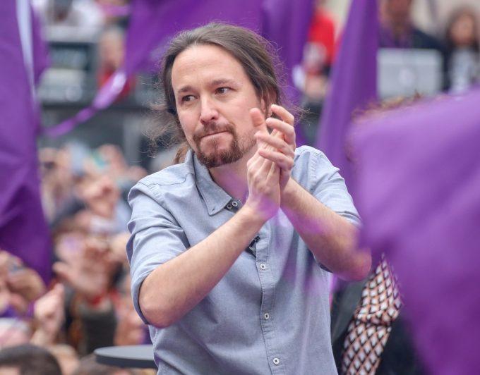 Iglesias renuncia a estar en el Gobierno si puede nombrar él a los ministros de Podemos