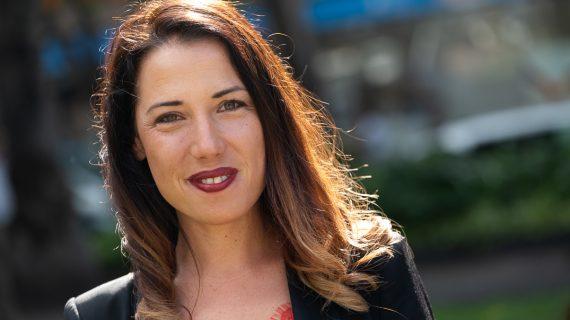 Patricia aprieta el acelerador de la campaña para ser la primera alcaldesa de Santa Cruz