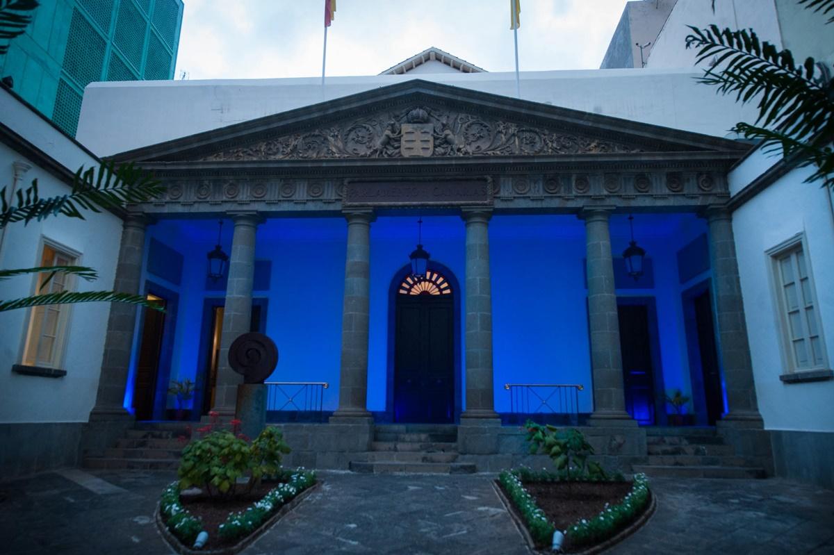 Fachada del Parlamento de Canarias. Fran Pallero