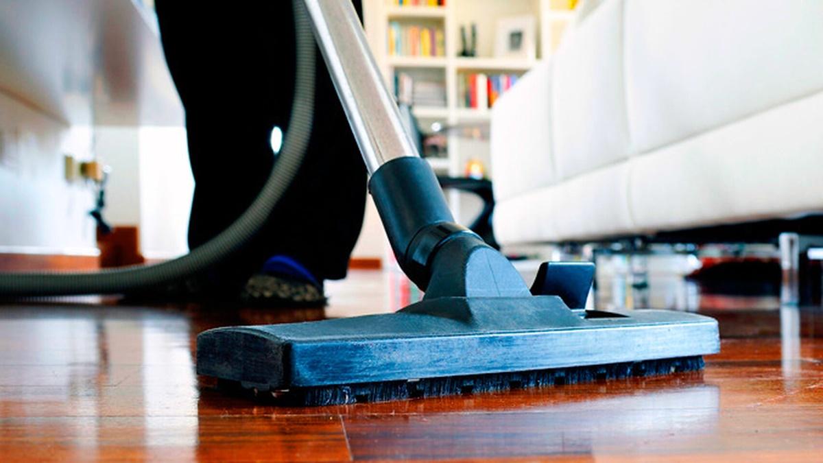 Imagen de archivo de una empleada del hogar. El Español