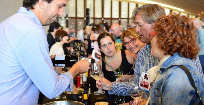 Vinófilos celebra la IX Edición del Tasting Room con 400 vinos