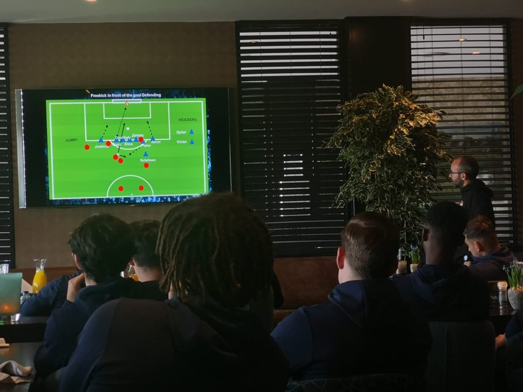El tinerfeño, junto a las futuras estrellas del Willem II