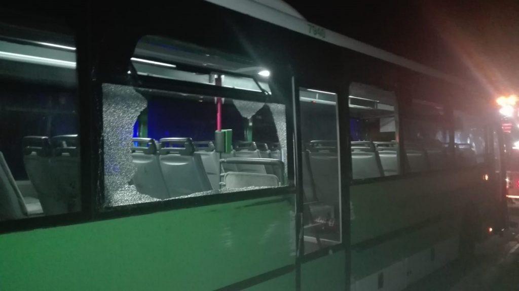 Hasta el lugar se desplazó una patrulla de la Policía Local, iniciándose una persecución por la carretera TF-82 hasta el municipio de Santiago del Teide