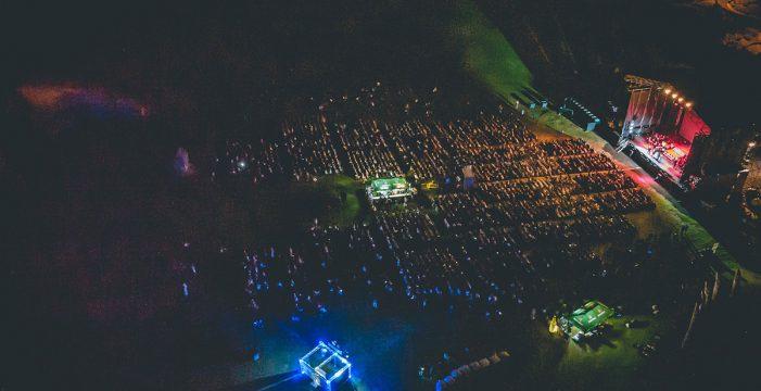 De Gardel a Sinatra, Il Divo cantó su 'pop' operístico ante 7.000 espectadores en Adeje