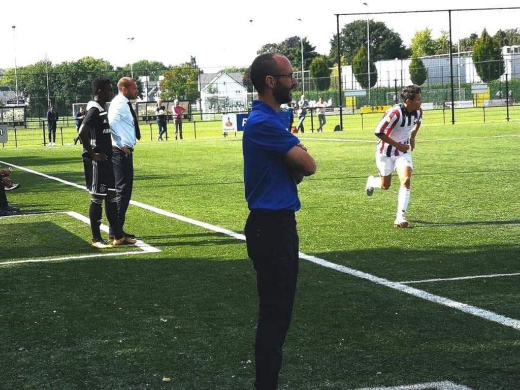 Javier Rabanal entrenando al equipo sub19 del Willem II neerlandés
