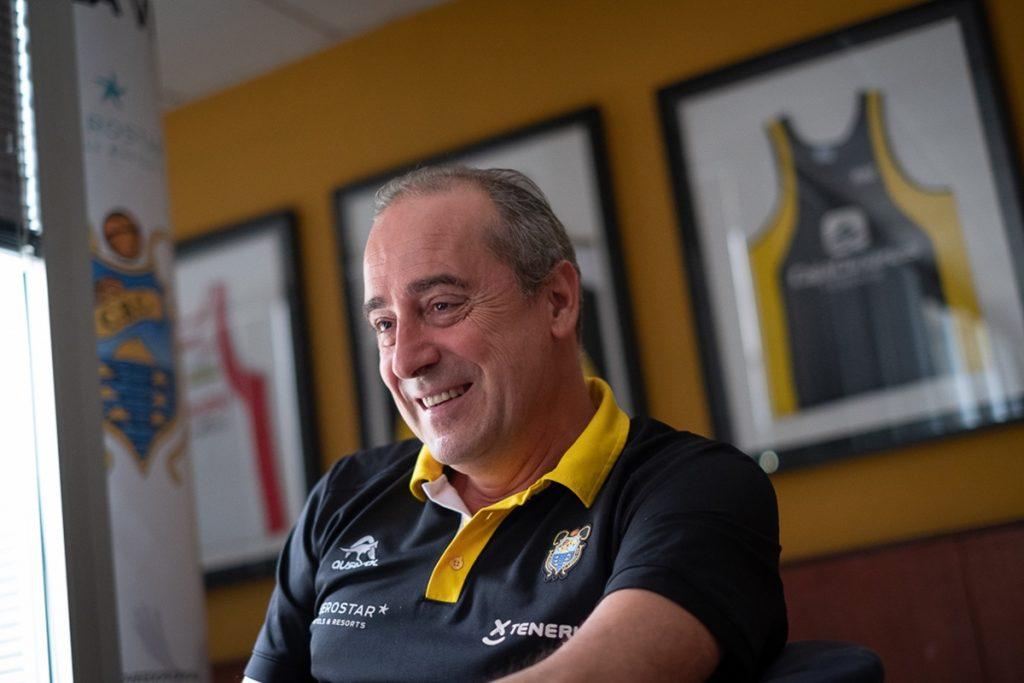 Txus Vidorreta, en la sala VIP del Santiago Martin| FRAN PALLERO
