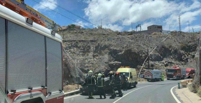 Herida al volcar su vehículo en Adeje
