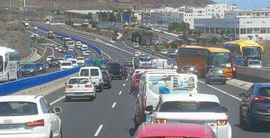Accidente de una guagua en Guaza al perder el control su conductor