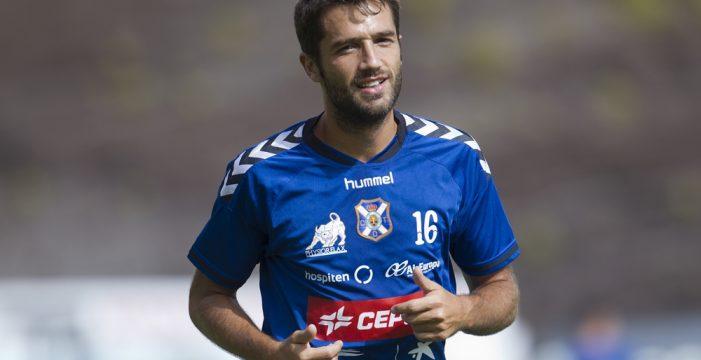 """Aitor Sanz: """"Mi intención es disfrutar del fútbol todo lo que pueda"""""""