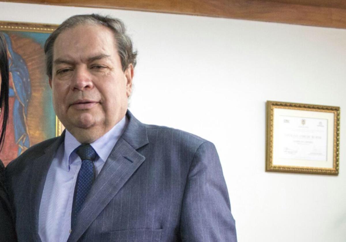 Gustavo Castro. Twitter