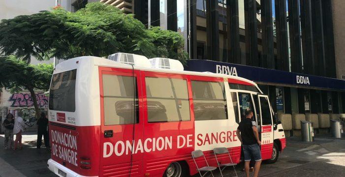 Casi 11.000 canarios donaron sangre por primera vez durante 2018