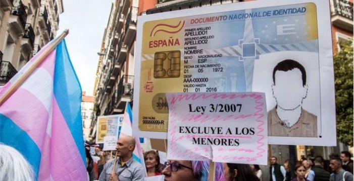 Las personas trans* llegan a esperar hasta un año, en la capital palmera, para poder cambiar su nombre registral