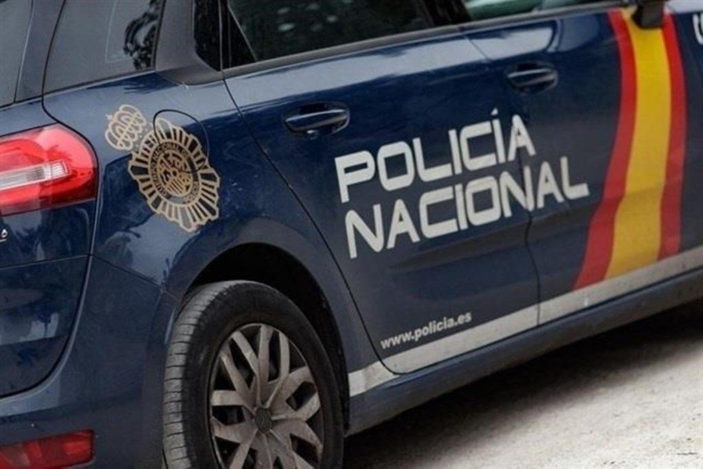 La Policía Nacional ha detenido a un hombre de 29 años, con 19 antecedentes policiales