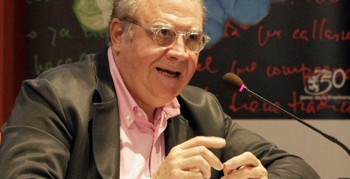 """Jaime Siles Ruiz: """"La asignatura pendiente de la democracia es la educación"""""""