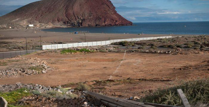 Costas manda parar cautelarmente las obras del hotel de La Tejita