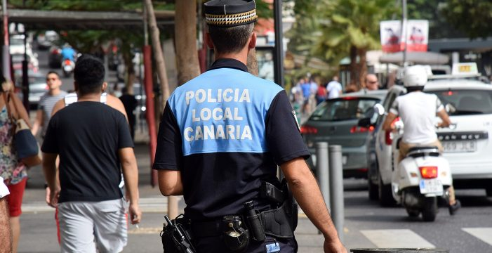 El Gobierno de Canarias condecora hoy a 11 agentes de la Policía Local capitalina