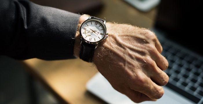 Canarias crea una comisión para analizar qué huso horario le conviene más