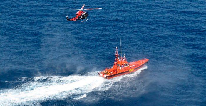Reanudan la búsqueda del desaparecido en Tenerife tras abandonar una moto de agua