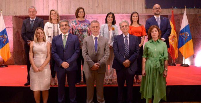 """Torres anuncia """"la nueva etapa"""" con la toma de posesión de los consejeros"""