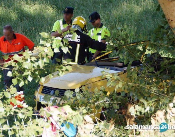 Un taxista alerta al 112 de un grave accidente sin saber que su hija de 17 años era una de las fallecidas