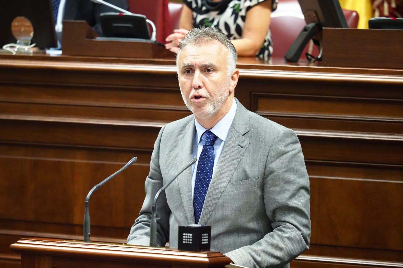 Debate de investidura de Ángel Víctor Torres (PSOE) en el Parlamento de Canarias (2)