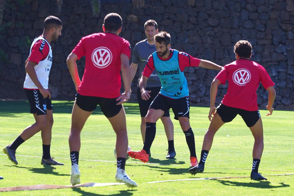 El mediocentro estuvo en El Mundialito, siguiendo las órdenes de López Garai, y por la tarde también entrenó al mismo nivel que el resto de compañeros. SM
