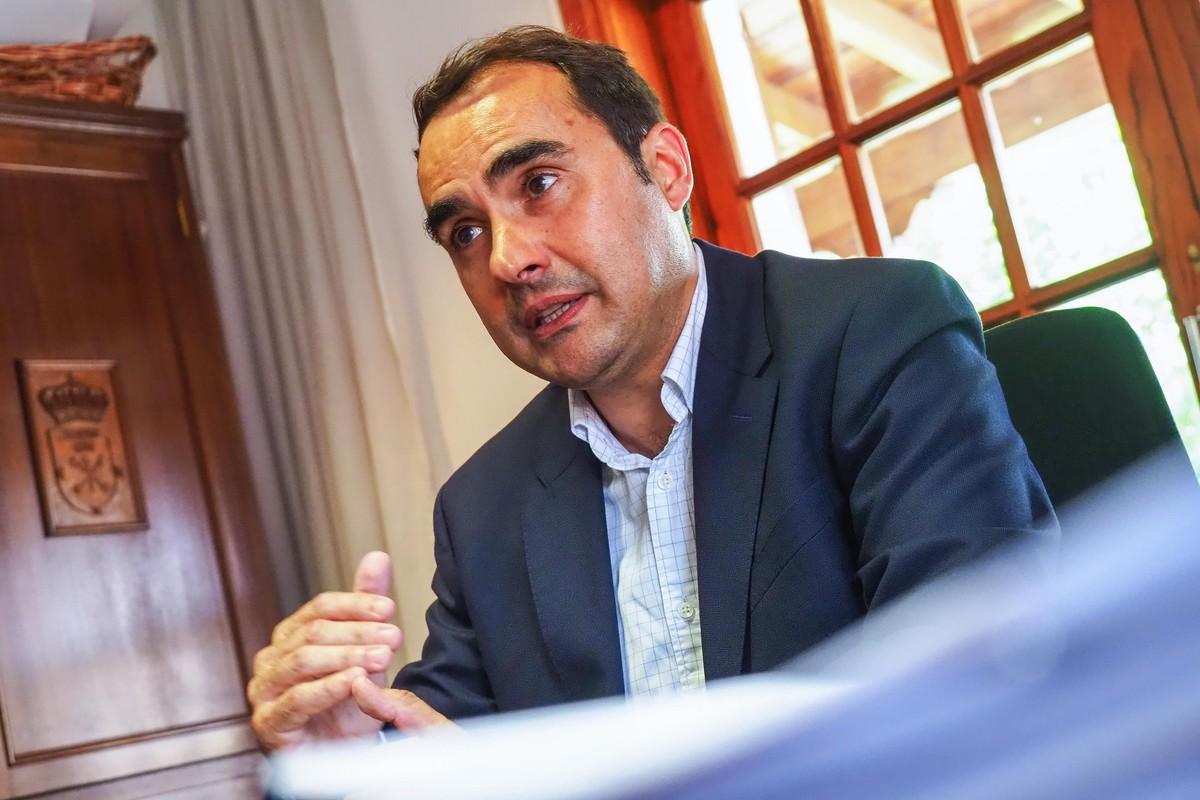 Resultado de imagen de El alcalde de Tacoronte, José Daniel Díaz Armas