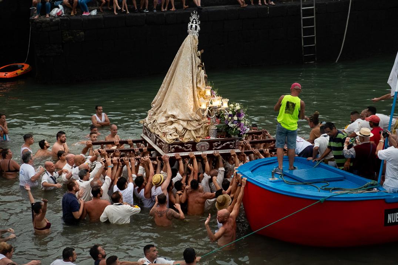 RS644014_fp Embarque virgen Puerto Cruz 27