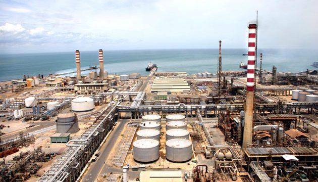 Un nuevo apagón inutiliza las dos refinerías más grandes de Venezuela