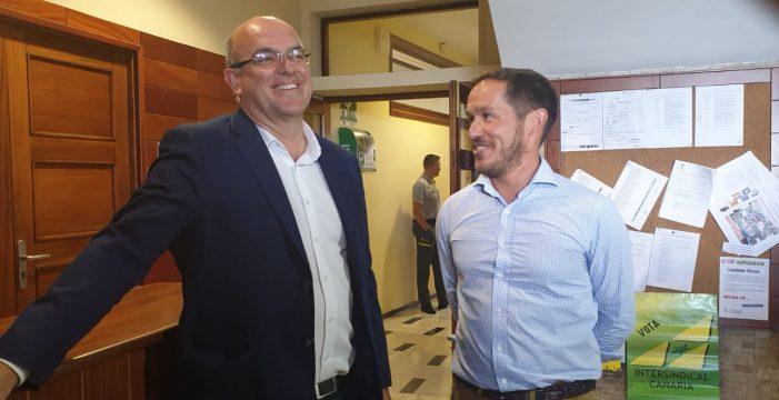 Zapata (PP) y Pestana (PSOE) presentan una moción de censura en el Cabildo de La Palma
