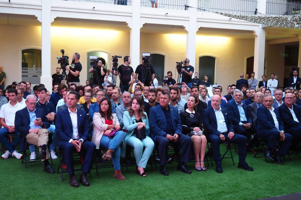 Campaña de abonos del CD Tenerife 2019-2020. DA