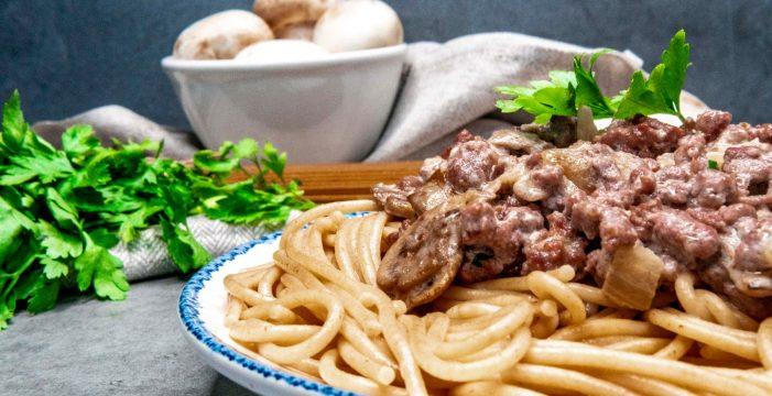Espaguetis en salsa Strogonoff: una receta fácil y sabrosa