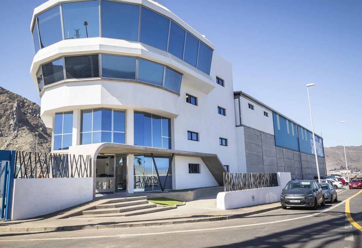 Imagen de la sede de Tenerife Shipyards, situada en el dique del Este. M. G.