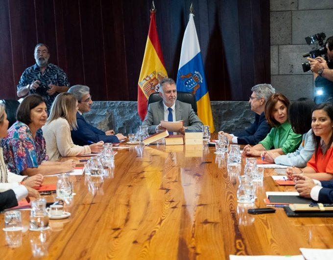"""Julio Pérez: """"Este Gobierno viene a hacer algo distinto: continuidad, poca"""""""