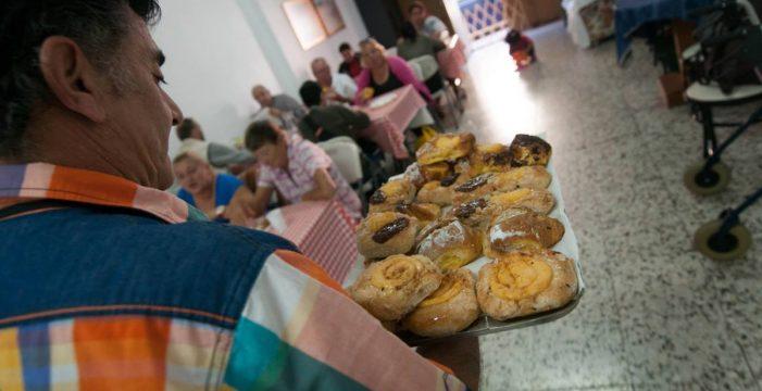 El comedor social de El Fraile cierra y 50 personas se quedan en la calle