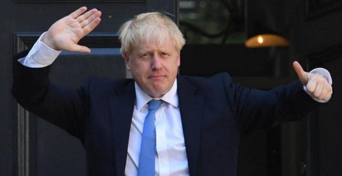 Los conservadores de Johnson se hacen con la mayoría absoluta en Reino Unido
