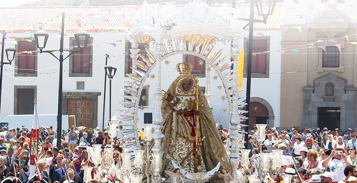 La Morenita atrae una marea de casi 200.000 peregrinos