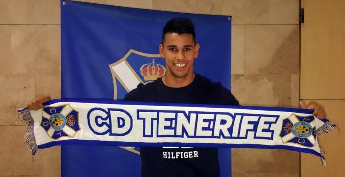 Ramón Miérez llega con valentía para ser el goleador del Tenerife