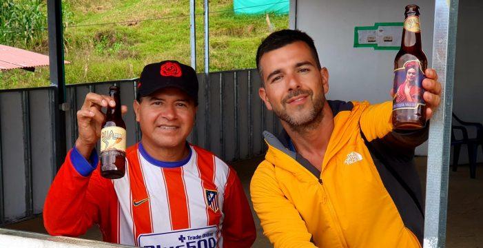 Nino Cervera, el profesor de Tenerife que brinda por la paz con excombatientes de las FARC