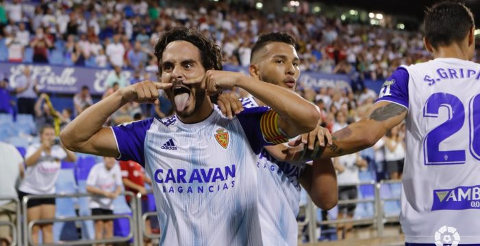 El Tenerife encaja el primer golpe y cae en Zaragoza (2-0)