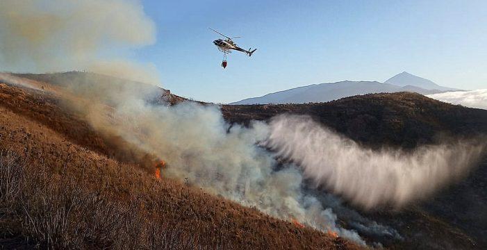 Tenerife tampoco se libra de las llamas en un martes con dos sustos