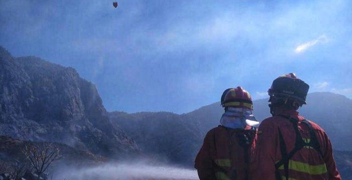 Gran Canaria avanza hacia el control del fuego y Tenerife logra sofocar los conatos