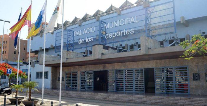 La obra para reformar el Pabellón de Deportes de Santa Cruz queda en suspenso