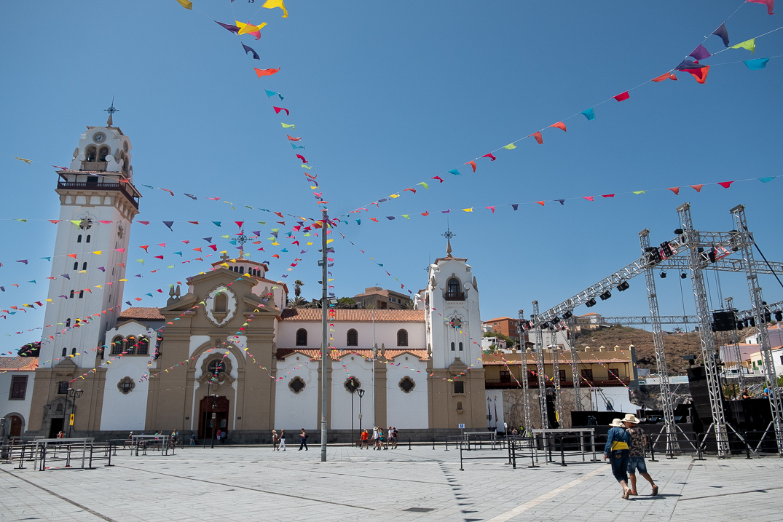 La plaza de la Patrona de Canarias será, un año más, el punto neurálgico de la celebración de las Fiestas en Honor a la Virgen de Candelaria. Fran Pallero