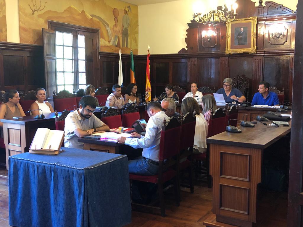 Un momento de la sesión plenaria de Los Llanos de Aridane celebrada ayer. DA
