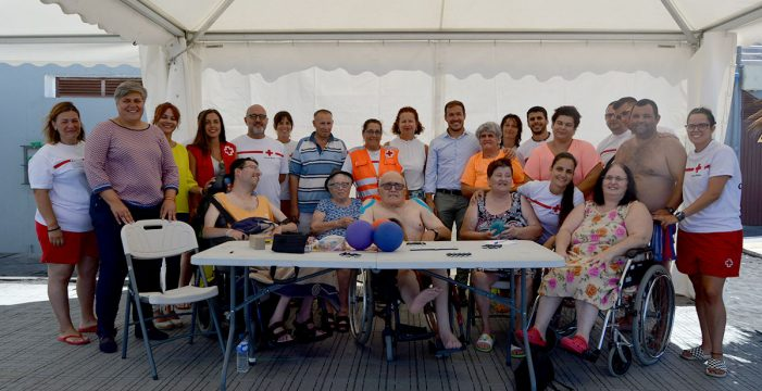 Más de 50 personas con discapacidad se benefician de 'Verano sin barreras'