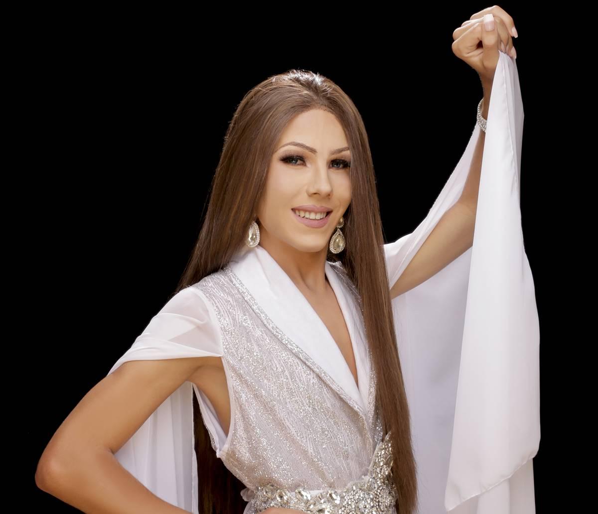Esta es Carlota Brito, representante de Regular Filipinas