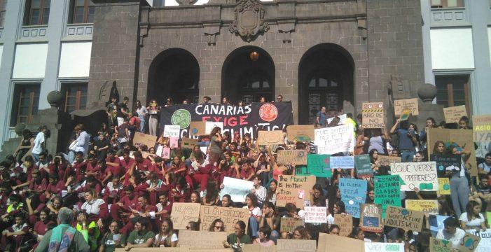 """Los jóvenes piden """"un planeta justo y un mundo vivo"""""""